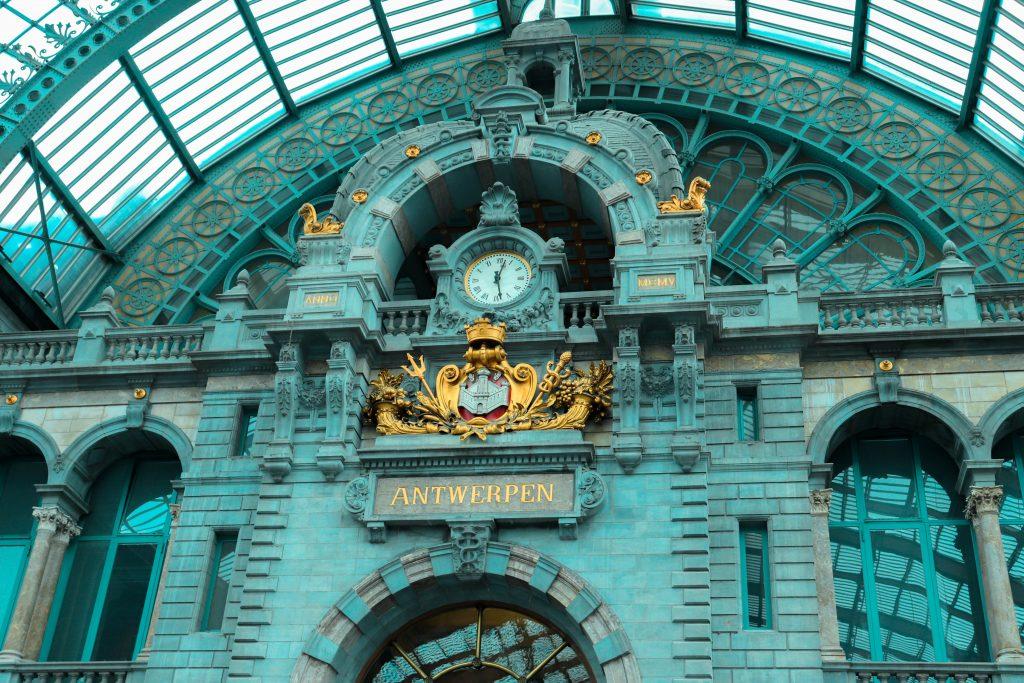Estación Central en Amberes, Bélgica.