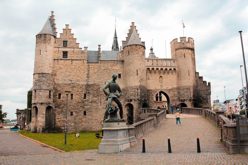 Castillo Steen en Amberes, Bélgica.