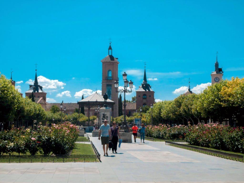 Alcalá de henares las mejores excursiones que puedes realizar desde Madrid.