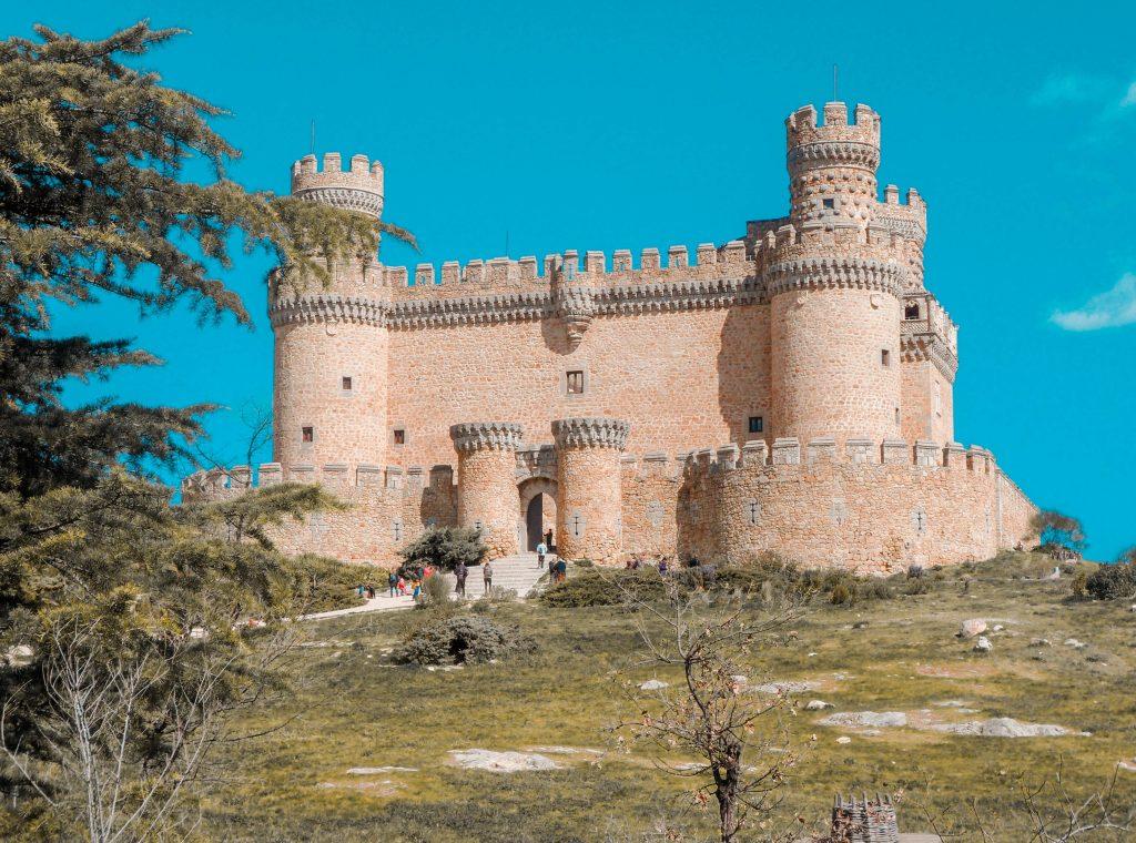 Manzanares el Real. Pueblos con encanto cerca de Madrid, España.