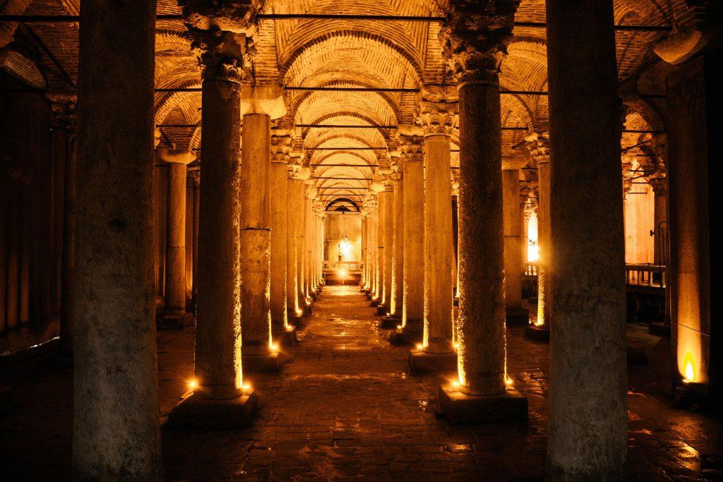 Cisterna de Basílica en Estambul, Turquía