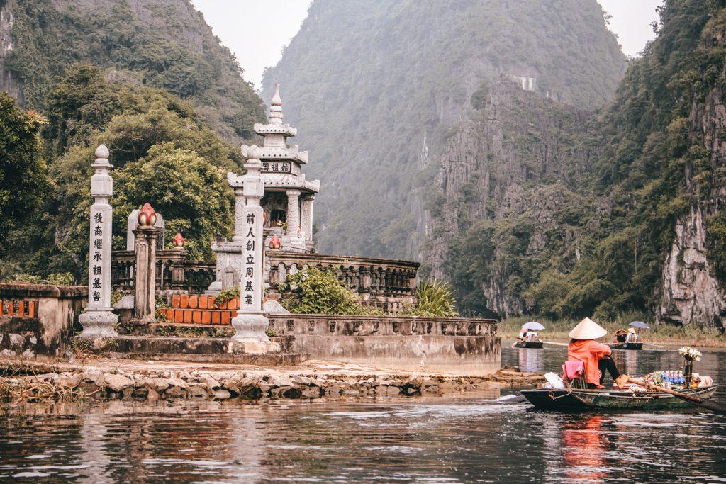 Paseo en barca por el Tam Coc, Vietnam
