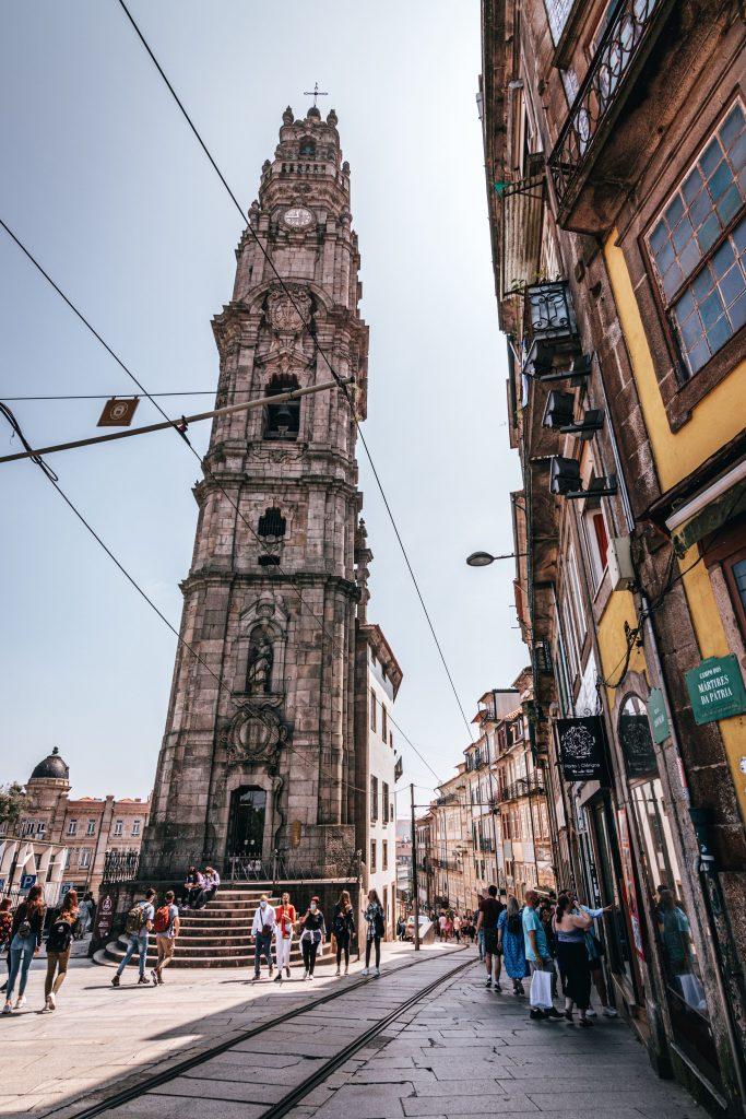 Torre de los Clérigos en Oporto, Portugal.