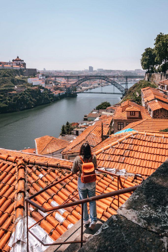 Mirador Passeio das Fontainhas, uno de los mejores miradores de Oporto.